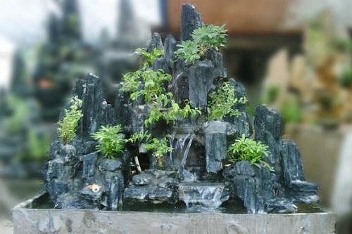 5 loại đá dùng làm hòn non bộ sân vườn