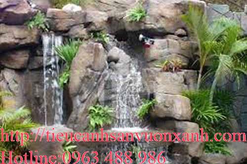 Thác nước nhân tạo từ đá tự nhiên